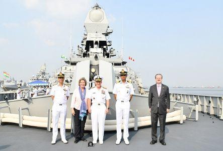 हिन्द महासागर में उभरती चुनौतियों से निपटेंगी भारत-अमेरिकी नौसेनाएं
