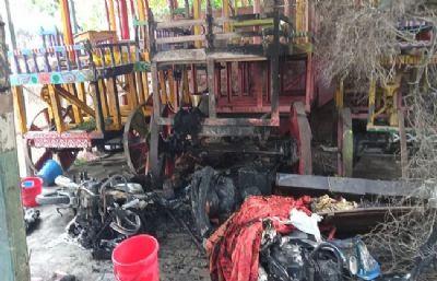 बांग्लादेशः दुर्गा पूजा पंडालों के बाद अब इस्कॉन मंदिर पर हमला
