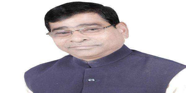 संसदीय परंपराओं का पालन करे भाजपा : नरेन्द्र वर्मा
