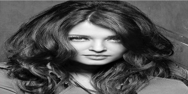 डब्बू रत्नानी के कैलेंडर में 22वीं बार दिखा ऐश का जलवा