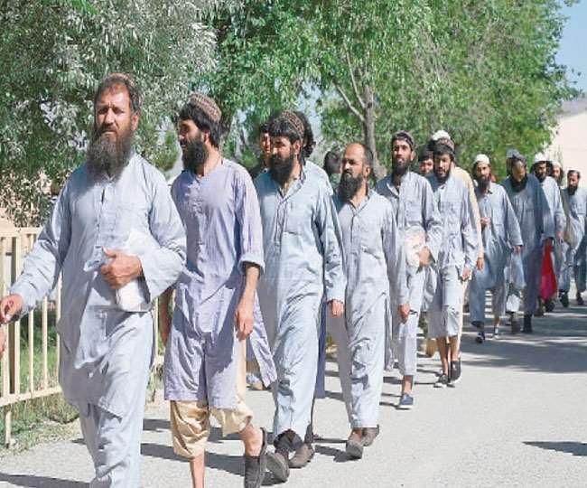 तालिबान ने कैदी को ही बना