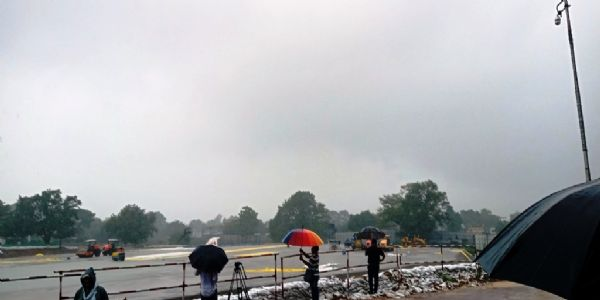 अयोध्या : श्रीराम मन्दिर की नींव निर्माण अंतिम दौर में, पत्रकारों ने किया अवलोकन