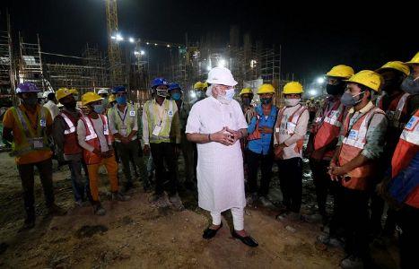 प्रधानमंत्री मोदी ने किया सेंट्रल विस्टा के निर्माण कार्यों का निरीक्षण