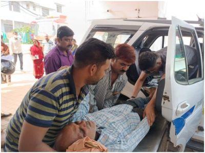 अनूपपुर: बेहोश युवक व घायल वृद्ध को 100 डॉयल ने पहुंचाया चिकित्सालय